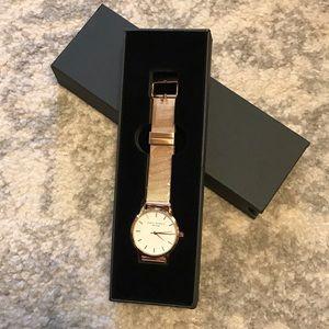 ❤️Eddie Borgo Watch
